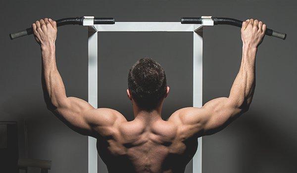 Упражнения для накачивания спины в домашних условиях: как качать широчайшие и другие мышцы дома гантелями и без снарядов