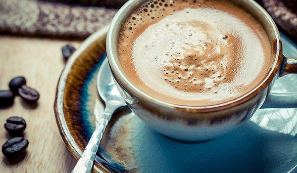 Как правильно питаться перед тренировкой во время похудения и чем заменить сладкий крепкий чай кофе для бодрости