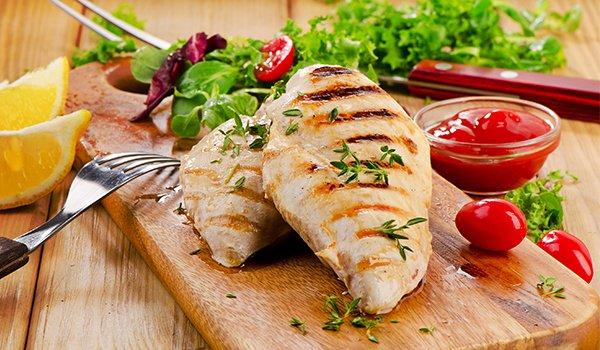 Сколько белка в куриной грудке 100 гр, курице и филе, как вкусно приготовить грудку