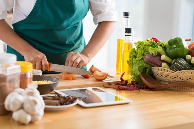 Рецепты диетических вторых блюд для похудения в домашних условиях. Низкокалорийные блюда из мяса, рыбы, овощей, грибов и круп для похудения